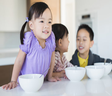 10 Ways to Teach Your Kids About Organic and Healthy Eating